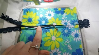 machine embroidery design in the hoop zipper